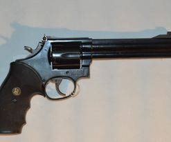 Smith & Wesson Mod. 586 kal. .375MAG